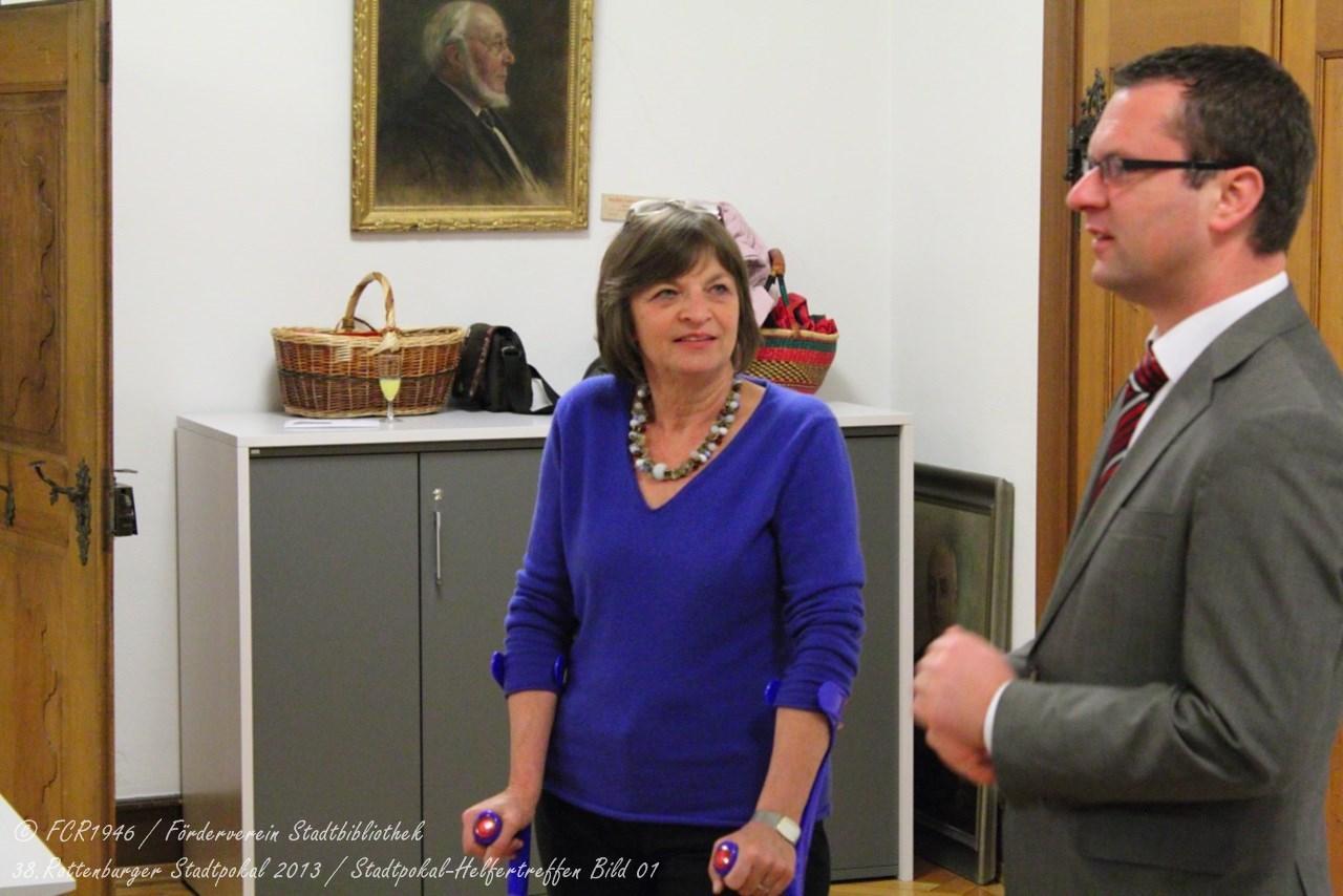 Frau Witte und OB Stephan Neher